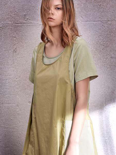南耳女装品牌2020春夏新款纯色简洁长款马甲