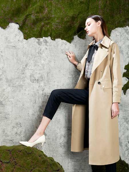 芝仪女装品牌2020春夏新款纯色长款纽扣气质大衣