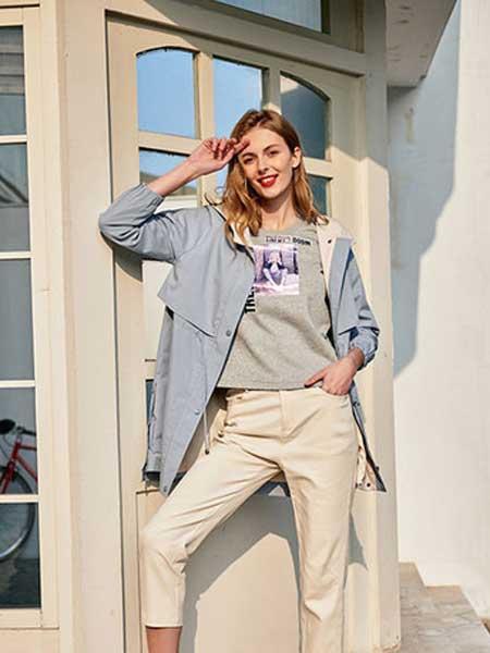 雁腾逸女装品牌2020春夏新款纯色纽扣气质大衣