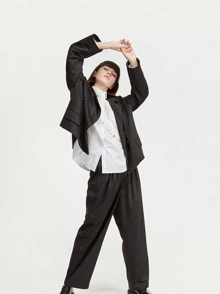 LIULIU MO刘刘墨女装品牌2020春夏新款纯色长袖纽扣衬衫