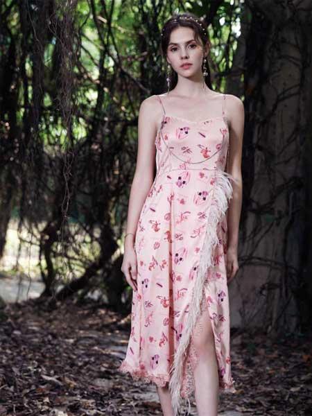 SUMPHER西玛菲迩女装品牌2020春夏新款纯色波点蝴蝶结连衣裙