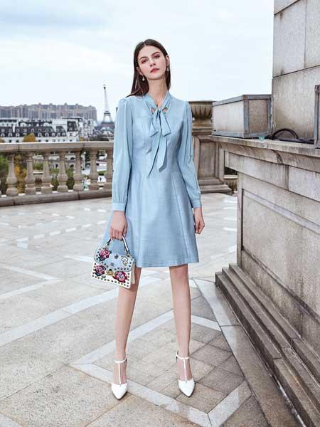 特儿迪雅女装品牌2020春夏新款纯色蝴蝶结性感连衣裙