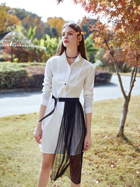 特儿迪雅女装品牌2020春夏新款纯色亮面真丝纽扣衬衫