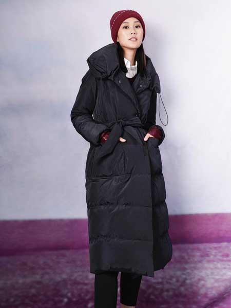 底色女装品牌2020秋冬新款纯色带帽羽绒大衣