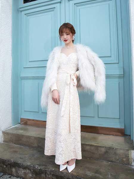 ANOTHER ONE女装品牌2020秋冬新款纯色气质貂毛