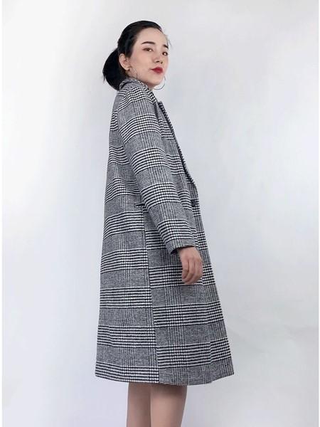 筱陌女装品牌2020秋冬气质时尚大衣