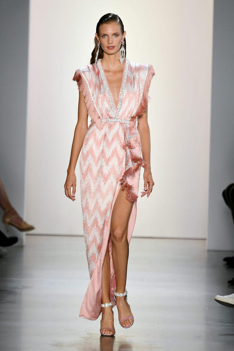 Raisa Vanessa国际品牌品牌2020春夏条纹饰有锯齿形Z字形V领加长连衣裙