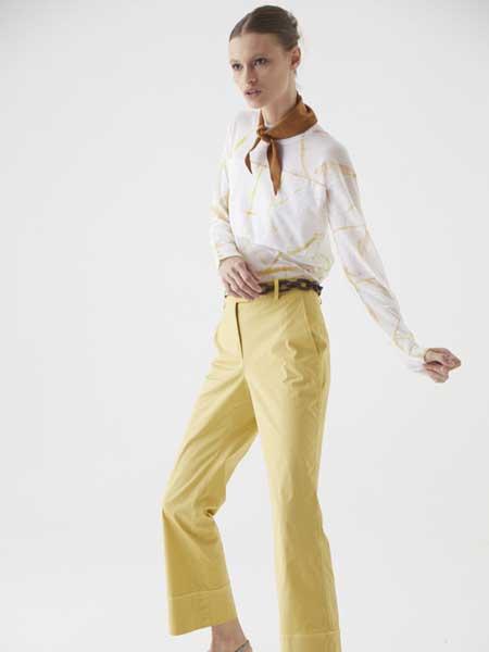 Cividini国际品牌品牌2020春夏纯色丝巾简洁长袖衬衫