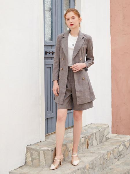 金蝶茜妮女装品牌2020春夏新款纯色条纹西装裙子套装