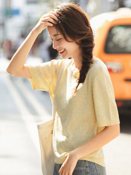 茵曼2020春装新款圆领优雅休闲甜美清新薄款套头针织衫上衣