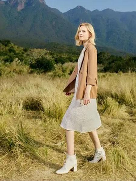 蓝珣Helen Moda女装品牌2020春夏新款纯色气质外套