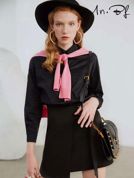 曼诺比菲女装品牌2020春夏新款暗黑系连衣裙