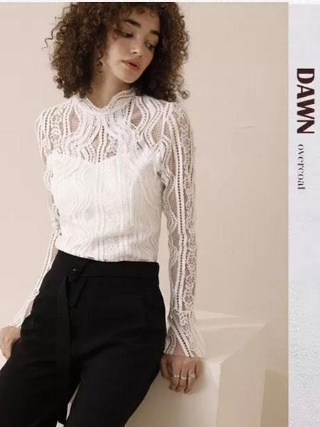 法尔莎女装品牌2020春夏新款蕾丝缕空上衣