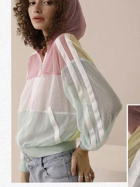 法尔莎女装品牌2020春夏新款拼接色带帽外套