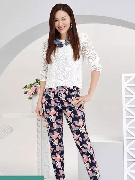 吉蒂女装品牌2020春夏新款纯色蕾丝缕空上衣