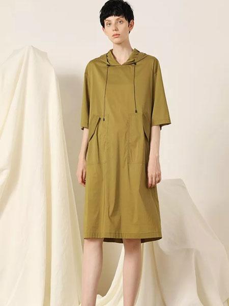 柯妮丝��女装品牌2020春夏新款纯色气质连衣裙