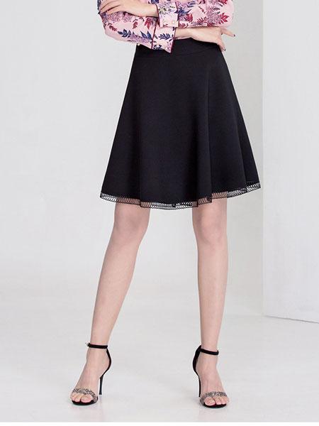 迪丝爱尔女装品牌2020春夏新款包臀黑色短裙
