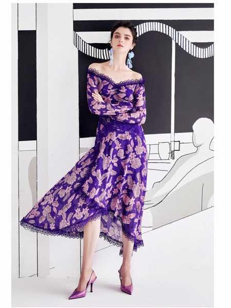 欧点女装品牌2020春夏新款气质露肩连衣裙