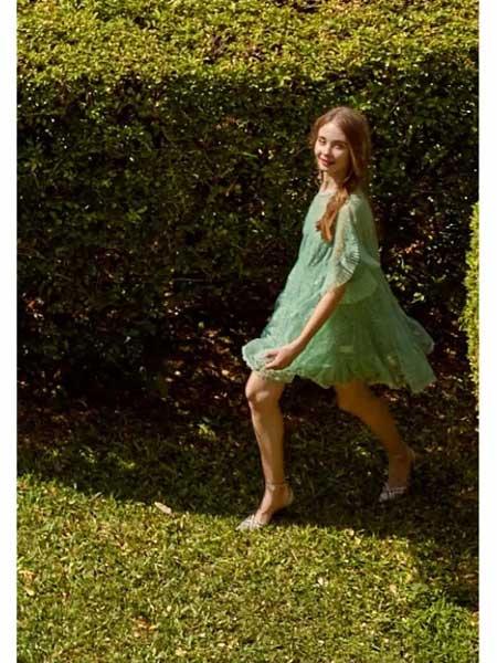 欧点女装品牌2020春夏新款中袖显气质连衣裙