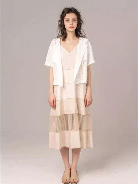 MARREUMM女装品牌2020春夏新款纯色简洁短袖外套