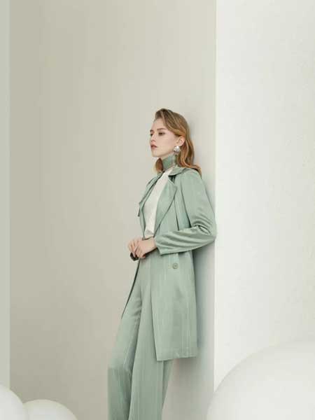 珞娜女装品牌2020春夏新款修身纯色风衣