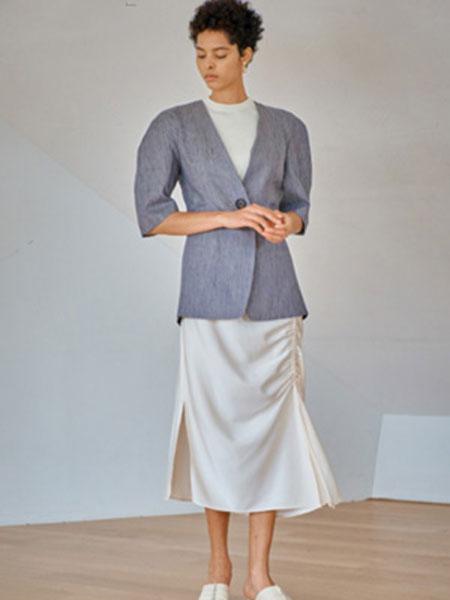 艾匹思女装品牌2020春夏新款纯色职业装上衣衬衫