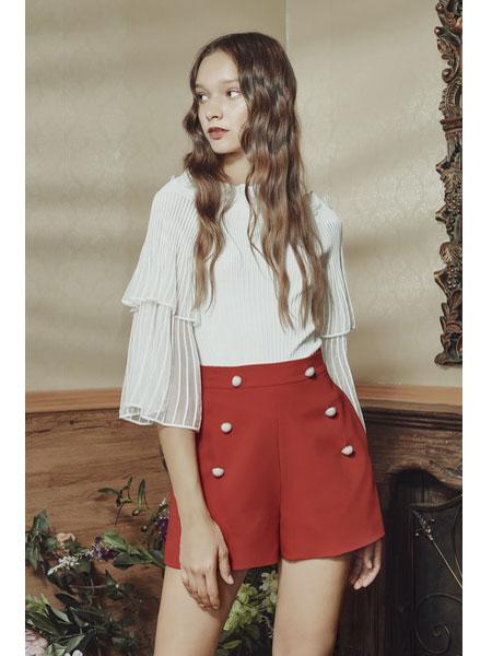 保时霓女装品牌2020春夏新款红色收腰短款裤子