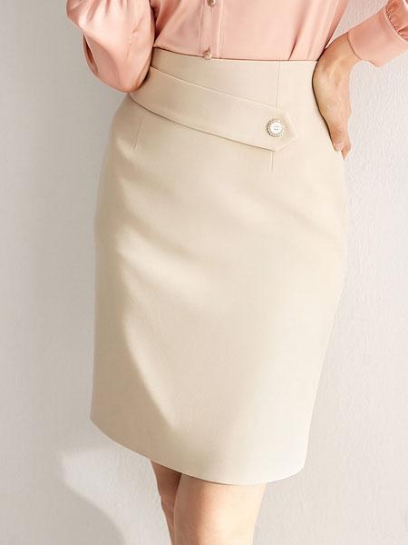 尚都比拉短裙女2020春款时尚简约百搭轻淑风纯色新款铅笔裙半身裙