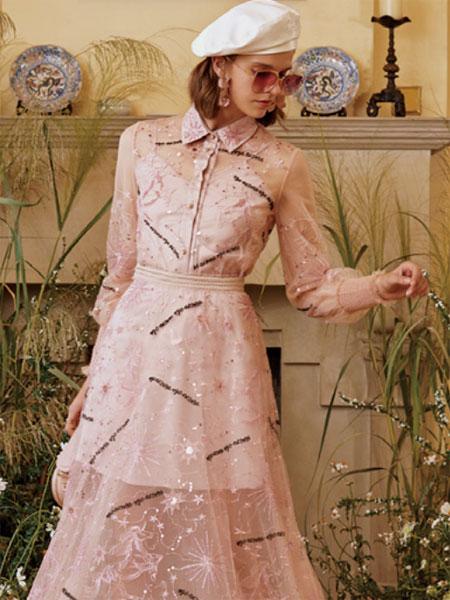 威杰思-VJC女装品牌2020春夏新款纯色透纱连衣裙