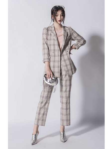 JA女装,催发新的时装个性力量,让您体会服装带来的魅力