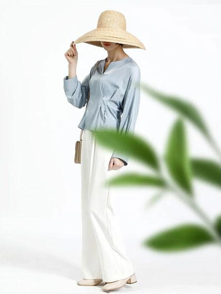 百武西(BIOLIVING)女装品牌2020春夏新款纯色真丝气质上衣
