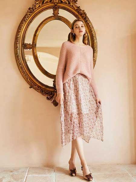 轩日女装品牌2020春夏新款花纹薄纱半身裙