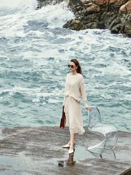迪卡轩女装品牌2020春夏新款纯色针织长袖毛衣