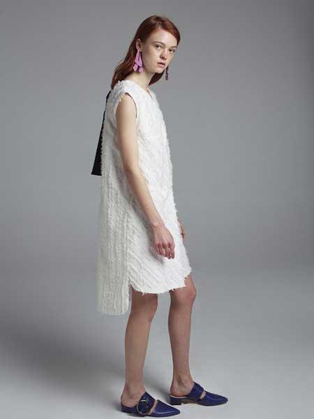 Moises Nieto国际品牌品牌2020春夏无袖连衣裙