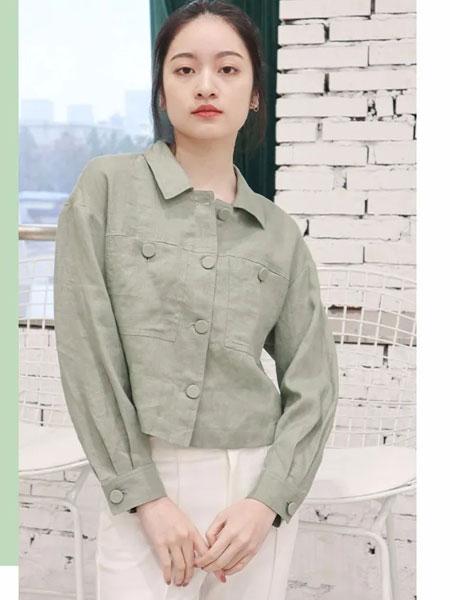 天衣布品女装品牌2020春夏新款纯色翻领简洁气质衬衫