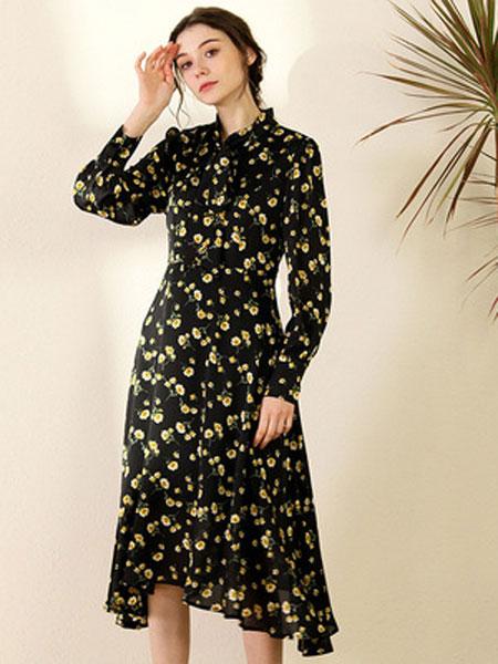 TYZEE连衣裙2020春季新款女装个性时尚印花长袖不规则裙子