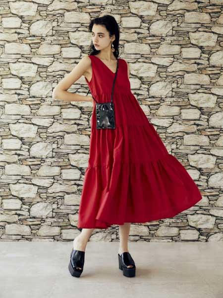 EVRIS国际品牌品牌2020春夏时尚收腰宽松连衣裙