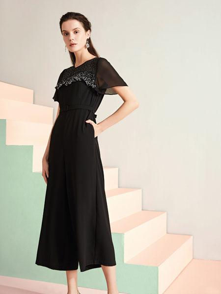 JAOBOO 乔帛女装,凸显柔和雅致、简约知性