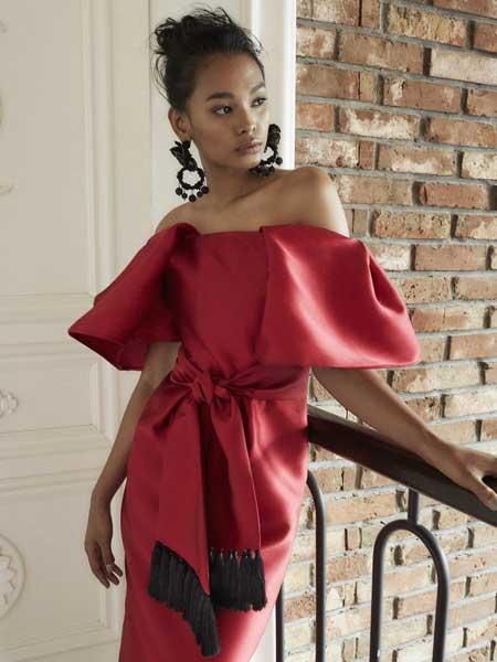 Khoon Hooi国际品牌品牌2020春夏时尚丝绸连衣裙