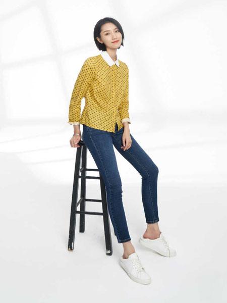 黛英女装品牌2020春夏新款纯色波点翻领衬衫