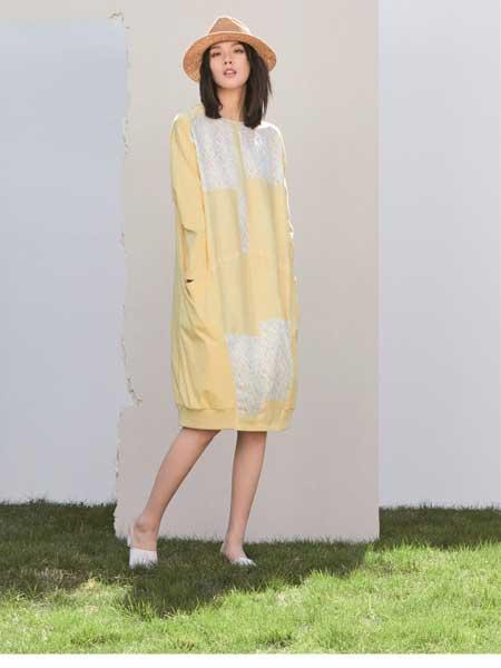 述忘女装品牌2020春夏松纯棉连衣裙