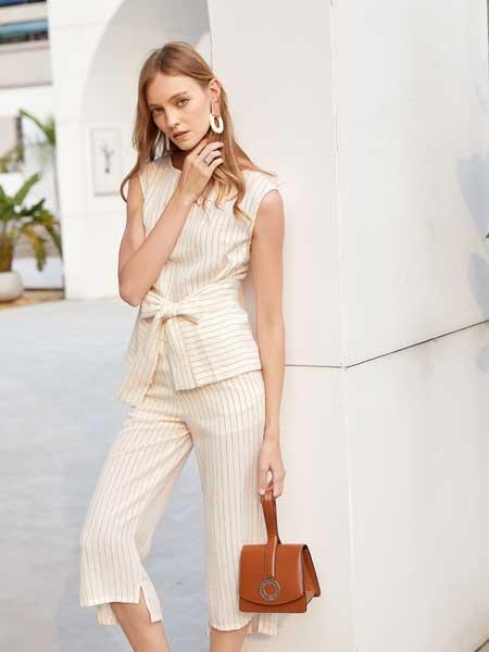 衣艾女装品牌2020春夏知性女性背心套装