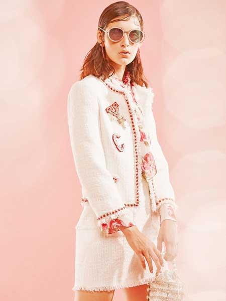 裘缇诺女装品牌2020春夏时尚小香风裙子
