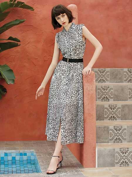 红凯贝尔女装品牌2020春夏豹纹收腰连衣裙