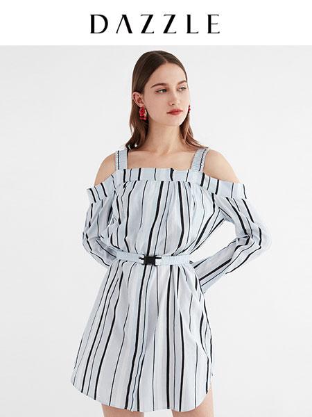 DAZZLE地素女装品牌2020春夏条纹露肩舒适休闲中长款连衣裙女