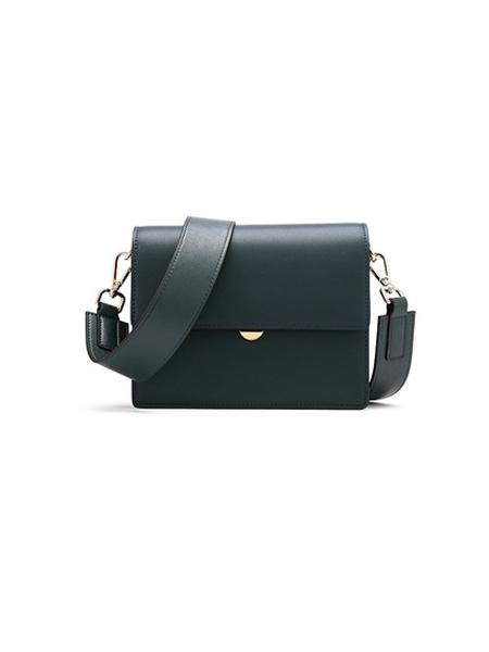 卡丹路皮具箱包品牌2020春夏个性宽肩带方包