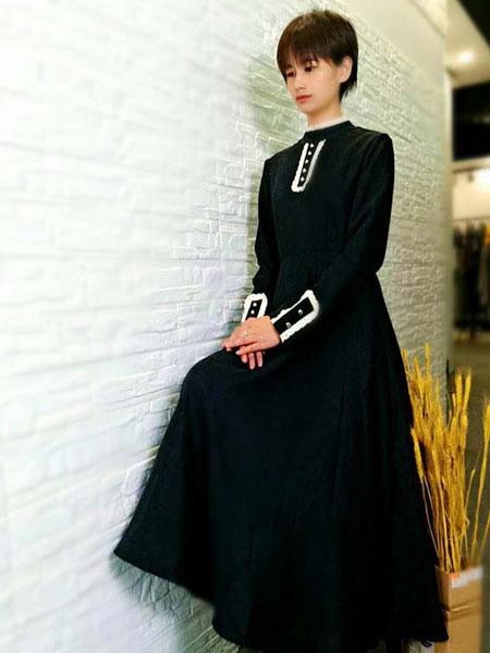 粤韵女装品牌2020春夏优雅复古黑色长裙