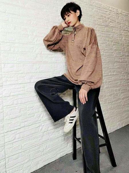 粤韵女装品牌2020春夏柔软浅棕色衬衫