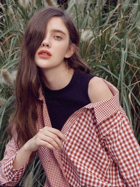 loomva洛米唯娅女装品牌2020春夏格纹红衬衫