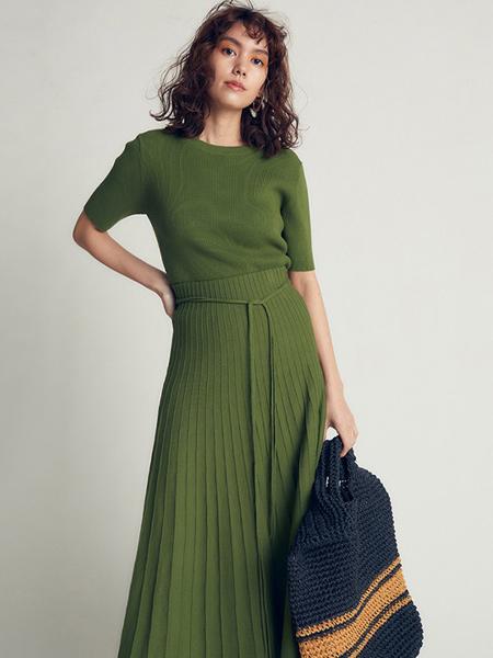 milaowen女装品牌2020春夏修身针织套装